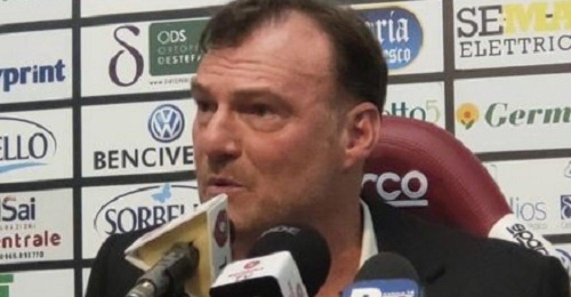 Calcio: Salernitana – Reggina 1-1 (82′ Ménez, 84′ Casasola)