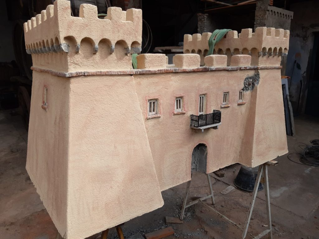 castello aragonese opera