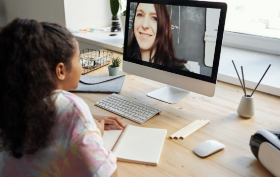 Alfabetizzazione mediatica: modi creativi per insegnarla ai bambini