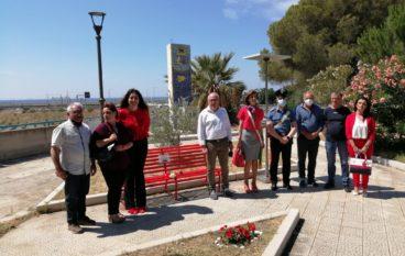 Inaugurata la panchina rossa a Saline Joniche contro il femminicidio
