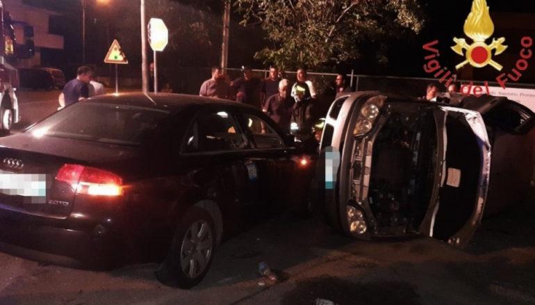 Incidente sulla statale 106 a Cosenza: auto si ribalta, un ferito